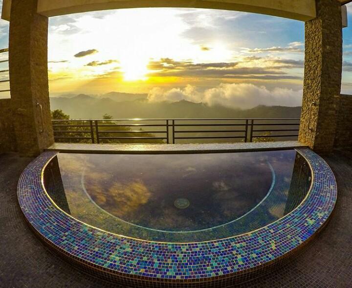 25 Exquisite Infinity Pools In Cebu Vivomigsgee